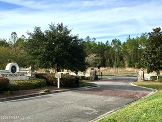 Saddle Crest Way. Jacksonville, Florida 32219