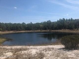 Cue Lake Dr. Hawthorne, Florida 32640