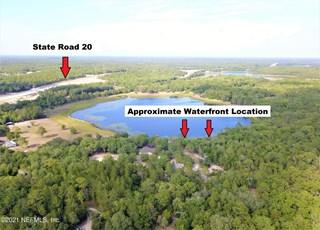 Clear Lake Ln. Hawthorne, Florida 32640