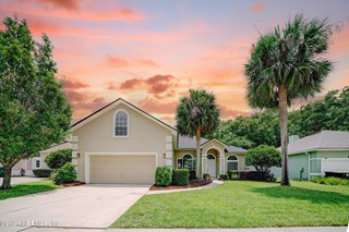 4386 Hanover Park Dr. Jacksonville, Florida 32224