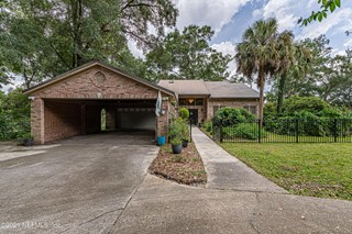 947 Arthur Moore Dr. Green Cove Springs, Florida 32043