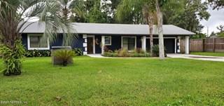 784 Floyd St. Fleming Island, Florida 32003