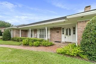 8235 Woodgrove Rd. Jacksonville, Florida 32256
