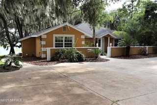 195 Se Lakeview Dr. Keystone Heights, Florida 32656