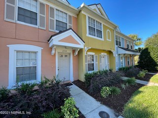 12311 Kensington Lakes Dr. #2703 Jacksonville, Florida 32246