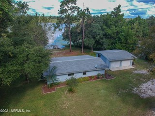 154 Morris Lake Dr. Hawthorne, Florida 32640