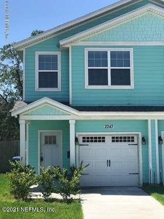 2243 Pine Pl. Neptune Beach, Florida 32266