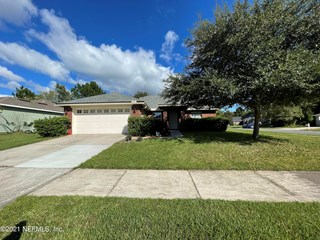 11951 Sands Pointe Ct. Macclenny, Florida 32063